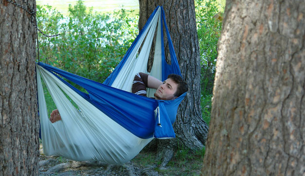 easy traveller blue l how to hang a hammock   maine heritage  u0026 world value  rh   thebyerblog